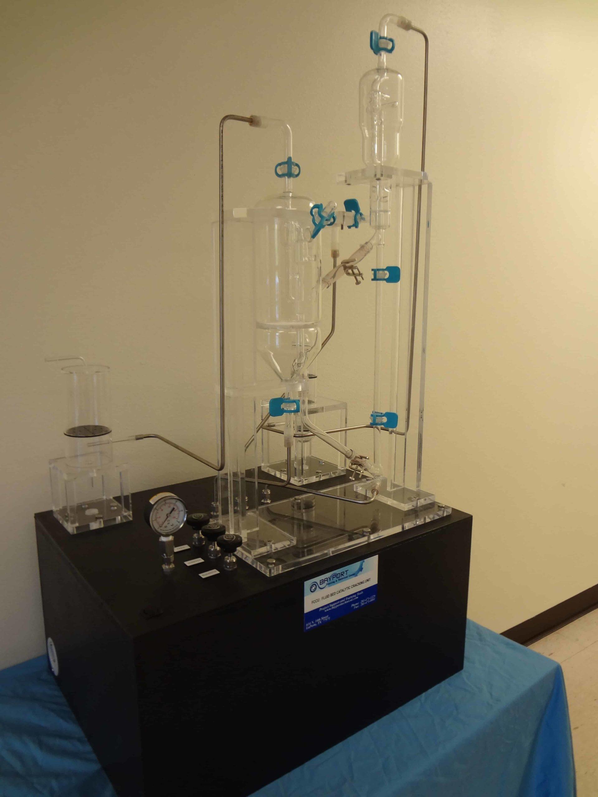 Bayport Technical | 132-FCCU Fluid Catalytic Cracking Working Demonstrator - Glass